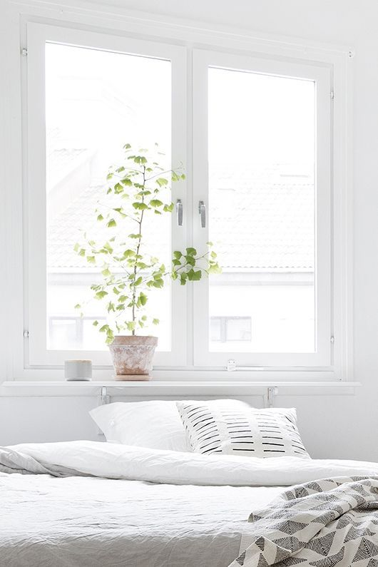 Bright White Bedroom: 17 Best Ideas About White Bedrooms On Pinterest