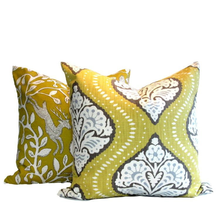 .A 100% cotton, Linen look from Robert Allen. A DwellStudio Pillow Cover Kavali Ogee Dandelion fabric in large scale tribal motif 20″ square