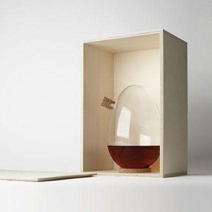 EGG, la designerbox #10 crée par Sebastian Bergne pour Designerbox. #design #interiordesign #decoration http://urlz.fr/1zEA