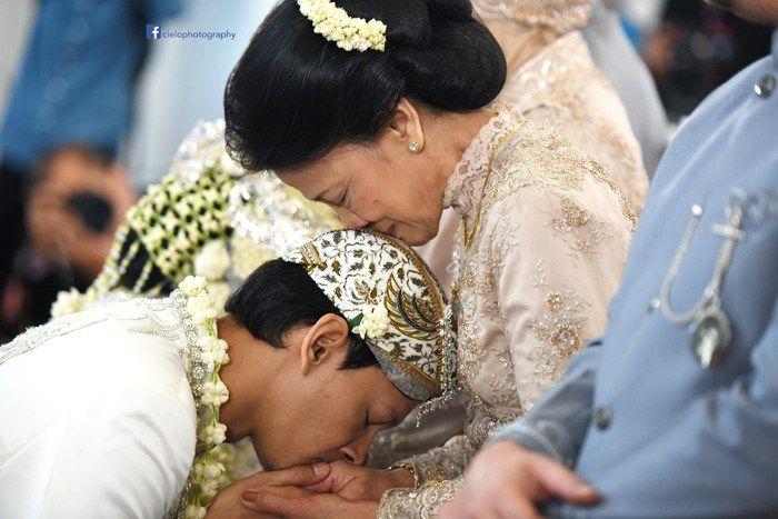 Pernikahan Adat Sunda Fedi dan Vanny di Jakarta