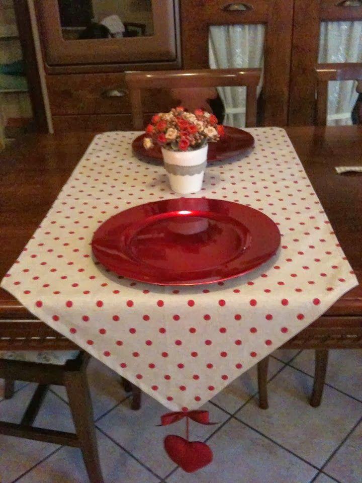 Oltre 25 fantastiche idee su apparecchiare la tavola su pinterest coperti idee per la tavola - Runner da tavolo ...