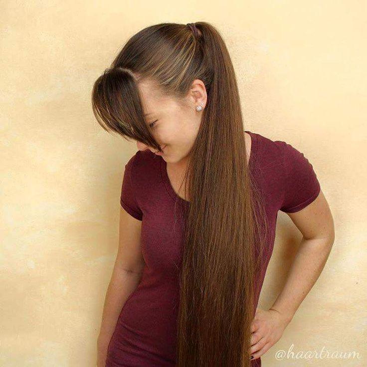 Sexy Mädchen mit langen Haaren