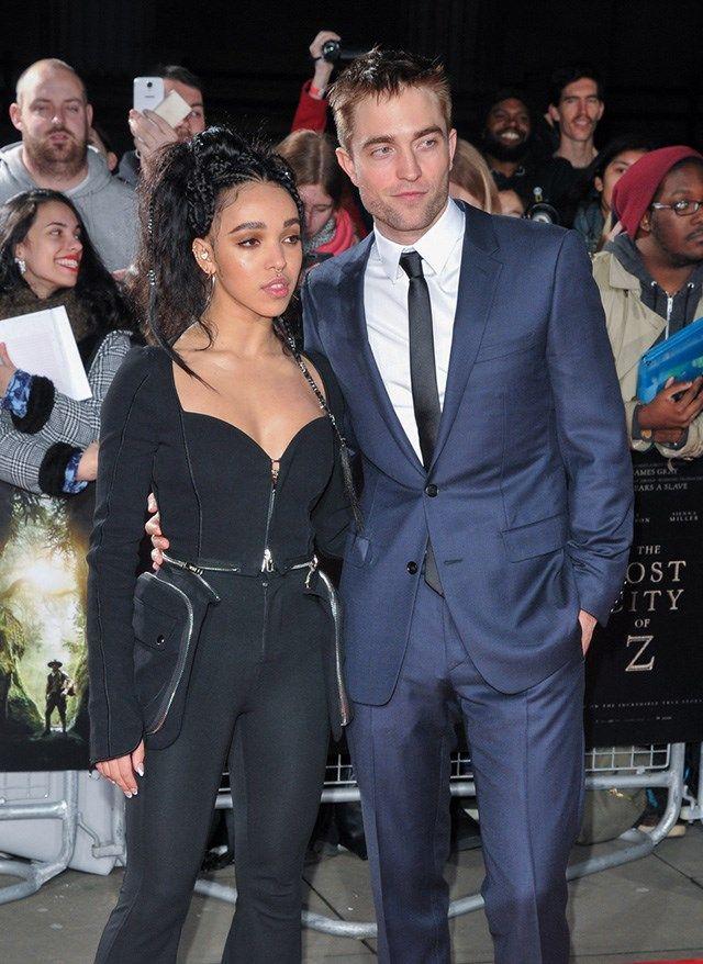 """Robert Pattinson ist schon """"irgendwie"""" verlobt mit FKA Twigs"""