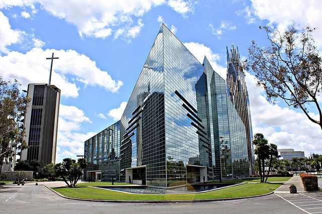 Philip Johnson's Crystal Cathedral to Receive Catholic Renovation
