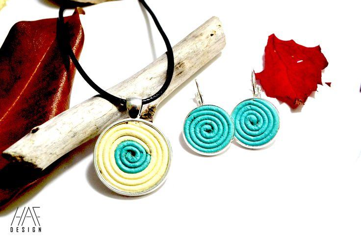 Parure Collier et boucles d'oreilles originale en CUIR spirales et cabochon en argent plaqué 925 Bleu et beige : Parure par haf-design