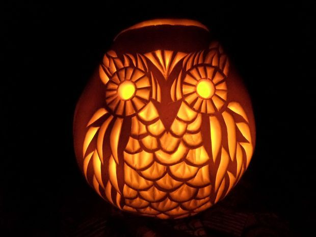 This effect can be achieved with basic cutting tools. #halloween