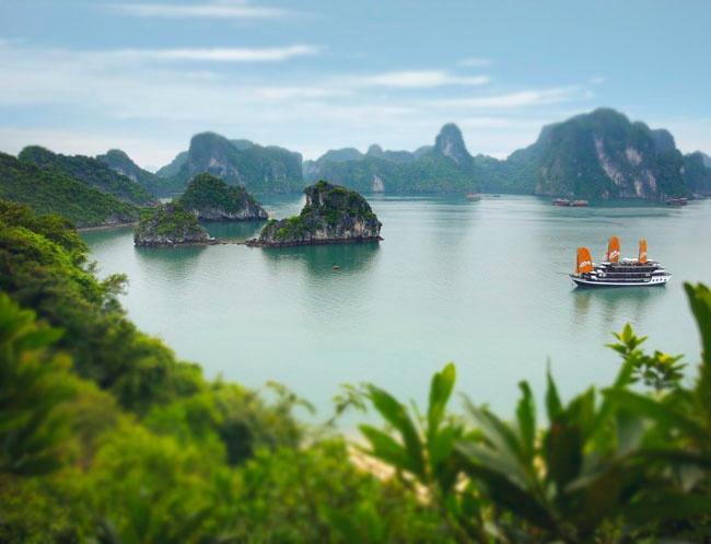 Some very happy memories of swimming in Ha Long Bay / Vietnam