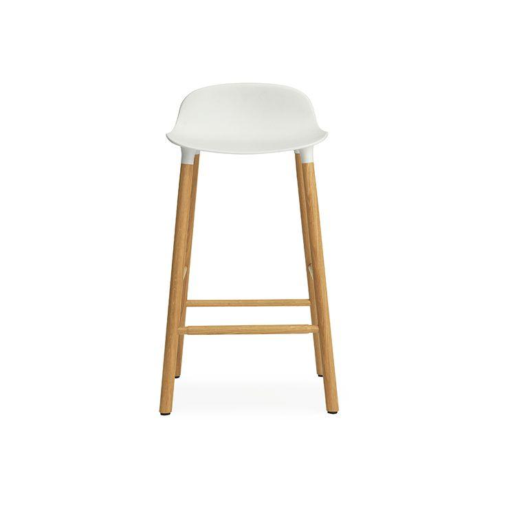 Form+Barstol+65cm,+Hvit/Eik,+Normann+Copenhagen
