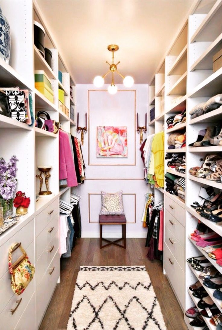 Best 25 closet ideas ideas on pinterest sliding doors for Ideas para closets pequenos