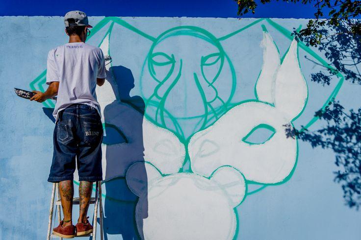 Foto : Tico Pereira .  Graffiti : Guimnomo .  Gravação de um vídeo de graffiti , confira a prévia do vídeo , em breve completo :  https://www.facebook.com/ticopereiraaudiovisual/videos/1259977790686639/