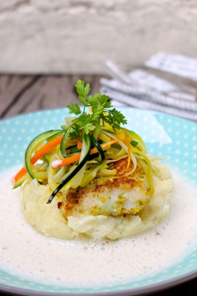 Deze schelvis met knapperige groenten en lichte vissaus zou niet zou misstaan op de menukaart van menig gastronomisch restaurant.