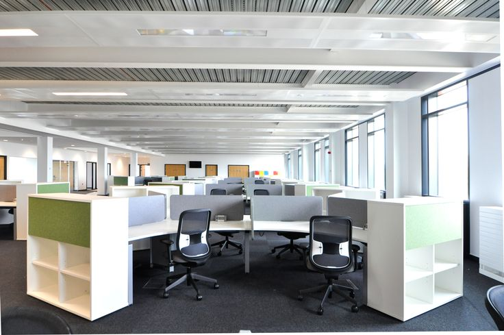 Swansea University: Science & Innovation Bay Campus.  Symphony Delta bench with Do task chairs.