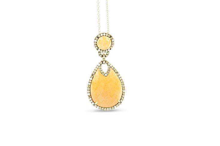 18 ct yellow gold peach aventurine set with champagne & white diamond pendant