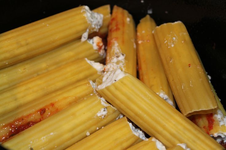 Crock pot no boil manicotti- make cheese filling and stuff uncooked shells before you throw in the crock pot;