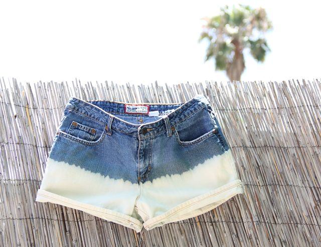 Bleach Dip: Dips Dyes, Denim Cutoffs, Bleach Shorts, Bleach Dips Denim, Spy Diy, Denim Shorts, Jeans Shorts, I Spy, Bleach Denim