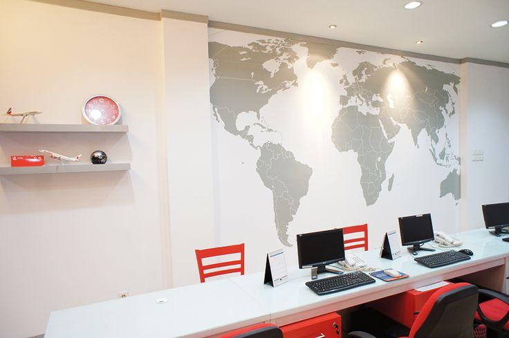 Travel office interior design photo oficina ideal for Interior design photo agency
