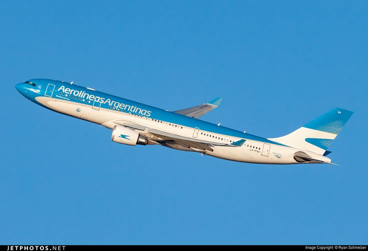 High quality photo of LV-FVH (CN: 1605) Aerolíneas Argentinas Airbus A330-202 by Ryan Schmelzer