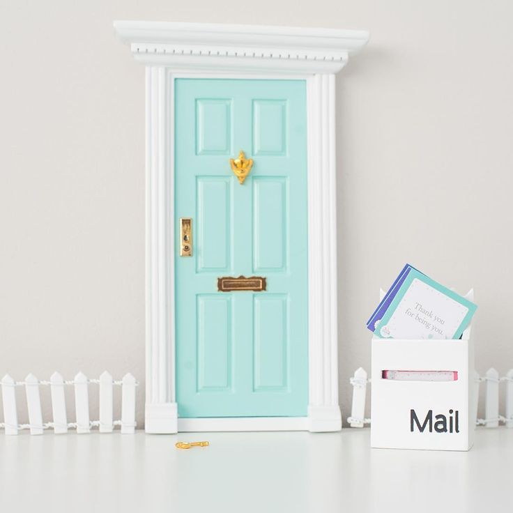 Gorgeous Smashing Baby set up with our Aqua Door, White Mailbox, Affirmation Cards and White Fence.