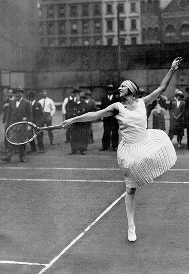Suzanne Lenglen : portrait de Suzanne Lenglen - Joueuse de tennis: les 15 plus grandes joueuses de tennis
