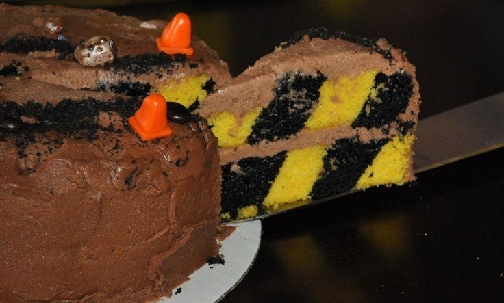 Construction tape 'checkerboard' cake super cool.