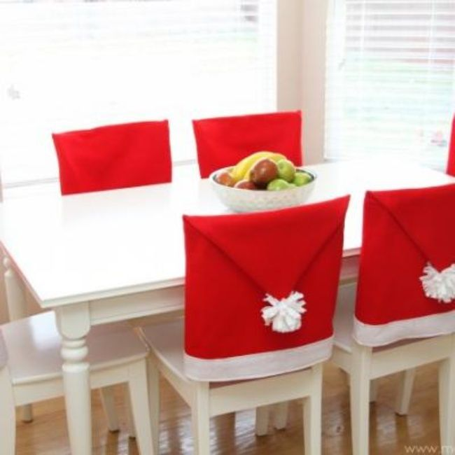 Santa Hat Chair Covers {Christmas DIY Decor} step by step instructions plus this site has tons of extra holiday ideas.will someone do this for me!