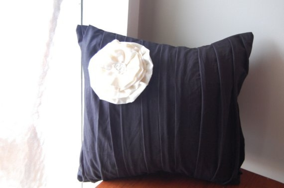 pleated with flower