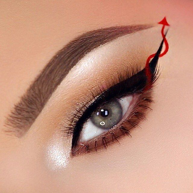 A screamingly evil eyeliner for Halloween ❤️   http://www.nikkietutorials.com/site/2016/10/scream-queens-red-devil-eyeliner-halloween-makeup-tutorial/#more-10710