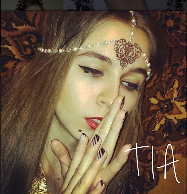 тиару можно купить +380507343836 #украшениядляволос #тиара #корона #ободок #обруч #королева #аксессуары #подарок #любимой #счастье #красота #мода  #tiara_ua