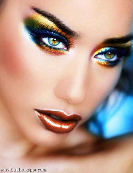 BEAUTIFUL LIPS: MAKE UP TIPS