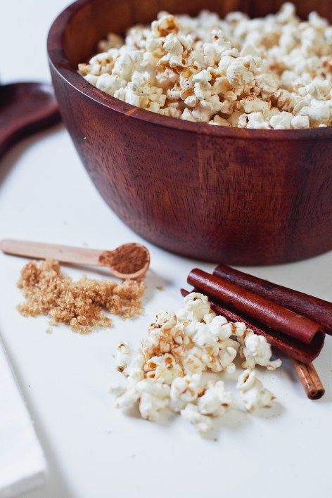 Cinnamon Brown Sugar Popcorn, the perfect low calorie recipe to satisfy a sweet tooth without the guilt!