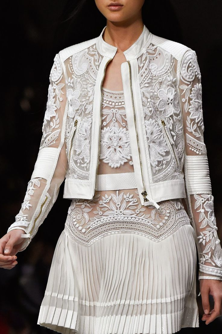 Fashion Show: Roberto Cavalli Spring Summer 2015