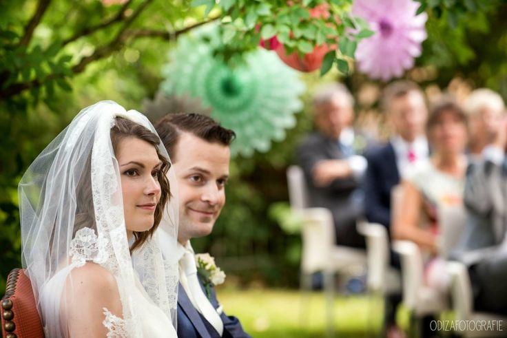 Muzikale verrassing voor bruidegom door prachtige zang van Louise tijdens de ceremonie van Arrianne & Martijn. Lees het hele verhaal op de inspiratieblog van LoveSound:  Ook geïnteresseerd in bijzondere ceremonie muziek? Neem een kijkje op www.love-sound.nl en vraag naar de mogelijkheden!