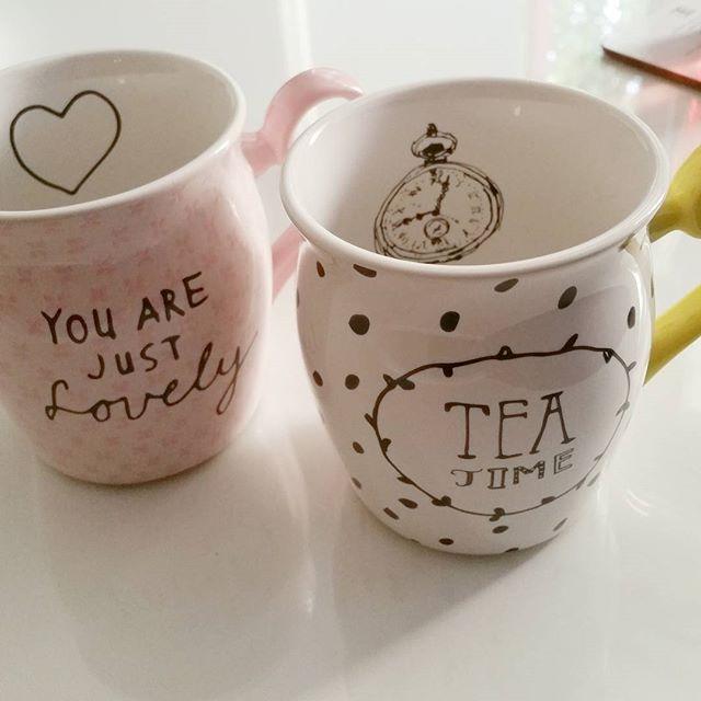It's tea time! Deze mokken zijn gemaakt voor thee, maar ook koffie, warme chocolademelk en meer. Bedankt voor je foto Chantal