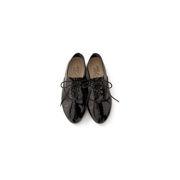 haco. [ハコ]|スロウ マニッシュなエナメルシューズの会(3回限定コレクション)|フェリシモ (€29) ❤ liked on Polyvore featuring shoes, oxfords, flats, buty, oxford flats, flat heel shoes, flat pumps, oxford shoes and flat oxford shoes