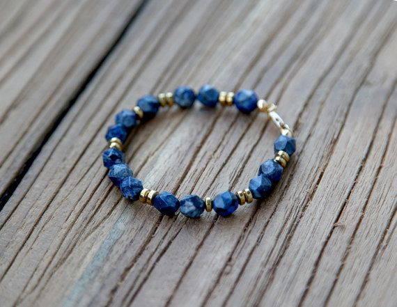 Lapis lazuli and golden beads bracelet by Rosehip Jewelry