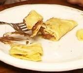 Krepes Sokolatas: Chocolate-Filled Crepes