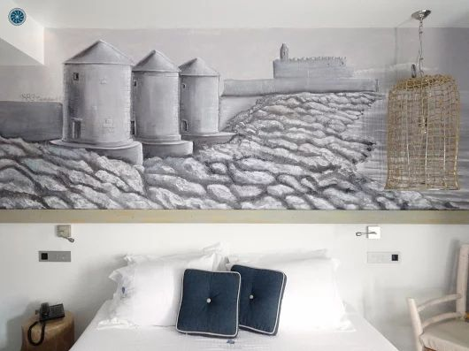 #Handmade Engraved Wall  in the room #Milos ! Discover every detail of #Elakati and live the #elakatiexperience #Rhodes #Greece #travel  http://www.elakati.com/