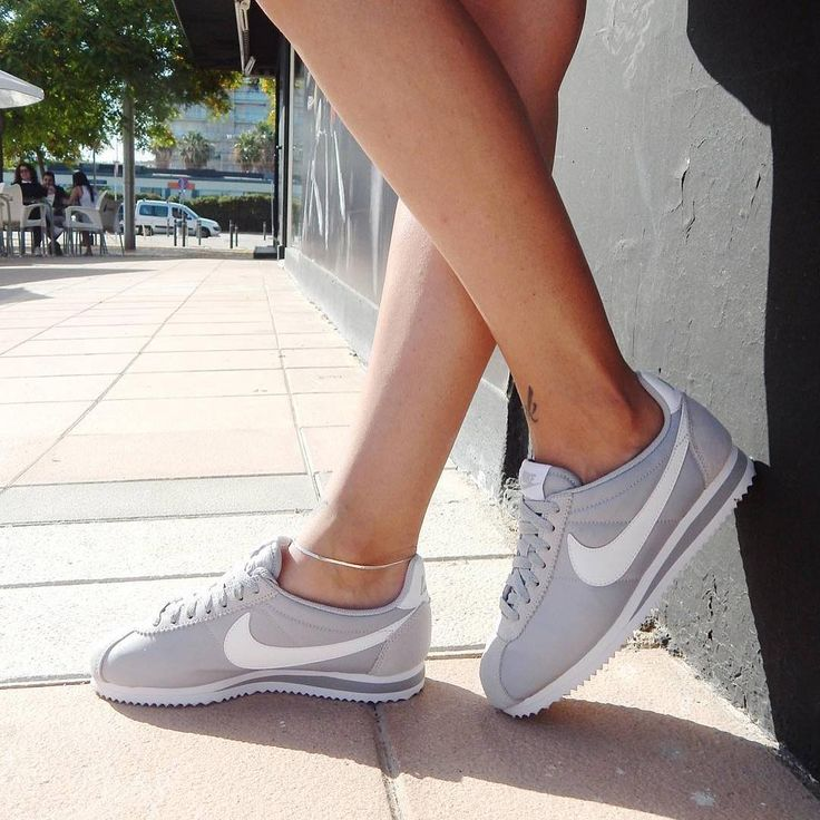CLASSIC CORTEZ - Baskets basses - pure platinum/white | Nike cortez, Women  nike and Sneakers women