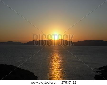 Photo : Sunset over the sea