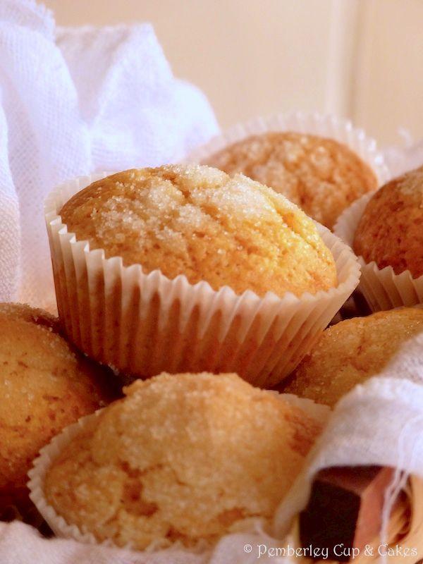 Actualmente es frecuente escuchar cómo se emplean los términosmuffins,magdalenas ¡e incluso cupcakes! indistintamente. A ver, no nos vamos a engañar, en según qué casos tienen más de un punto en común (y de dos).