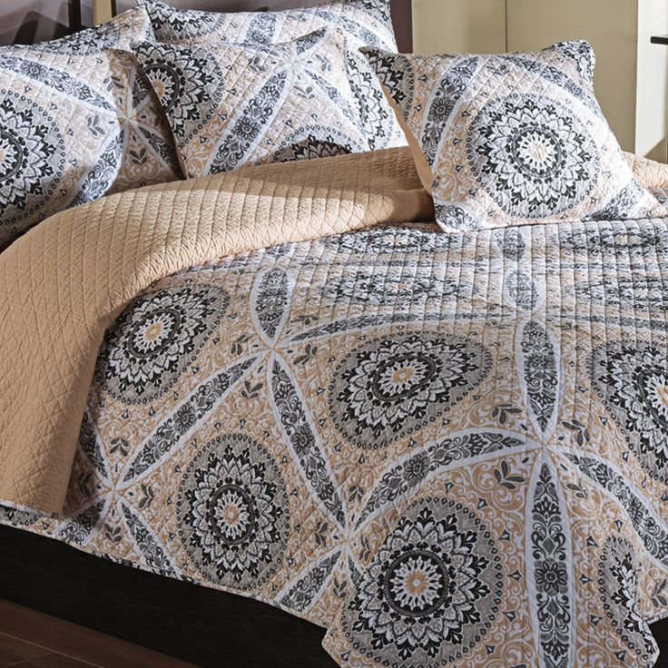 Ivy Hill Home Zola Quilt Set - King, Reversible : ivy hill quilts - Adamdwight.com