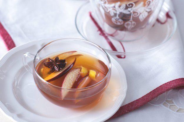 Jablečný punč s kořeněným rumem | Apetitonline.cz
