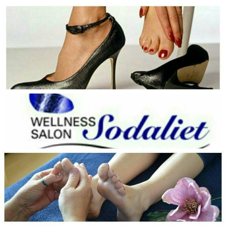 Krappe schoenen, veel gelopen, of gewoon eens zin in? Ik heb het over een voetreflexmassage behandeling.  http://www.wellnesssalonsodaliet.nl/massages/voetreflex/  #voetreflexmassage #relex #ontspannen  #voeten  #etherischeOlie #genieten❤️ #doorbloeding #stressverlagend  #reflexzonemassage #blokkades #balans #zonnevlecht  #plexussolaris  #spanning #WellnessSalonSodaliet