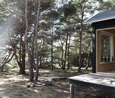 Minimalist Wooden Cabins. Black HouseSaunasCabin ...