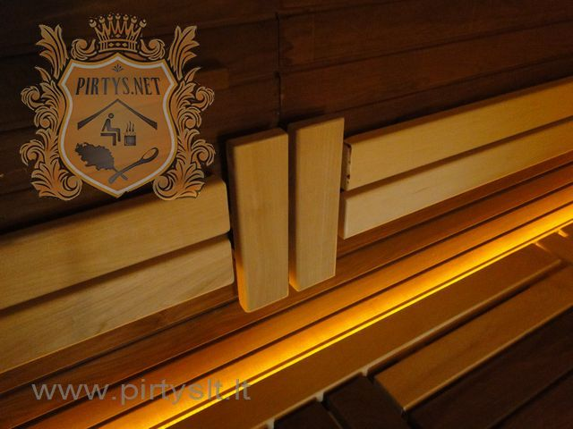 http://www.pirtyslt.lt/ Dekoruoti gultai