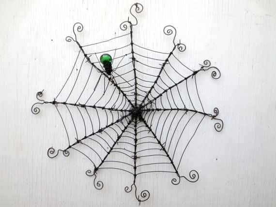 92 best Barbed wire art images on Pinterest | Barb wire crafts ...