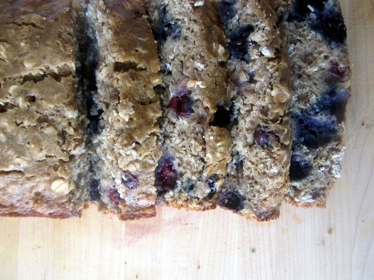 Low Fat Oatmeal Blueberry Banana Bread - use more flour, less oats, two chia eggs, and applesauce for yogurt to veganize!