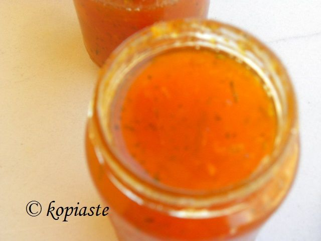 Peach and Apricot Jam with Ginger and Rose geranium / Μαρμελάδα Ροδάκινο και Βερίκοκο με Τζίντζερ και Αρμπαρόριζα