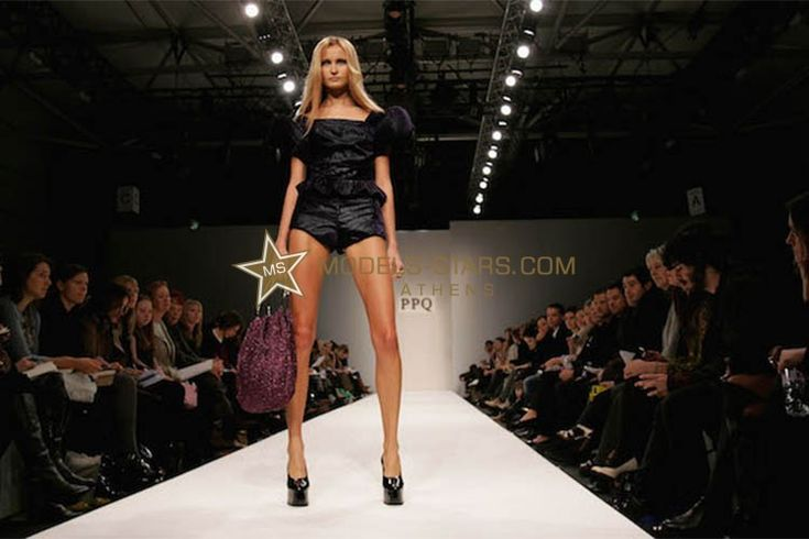 How to do the perfect runway walk