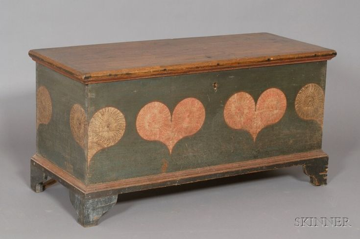 Paint-decorated Pine Dower Chest, Pennsylvania, late 18th century